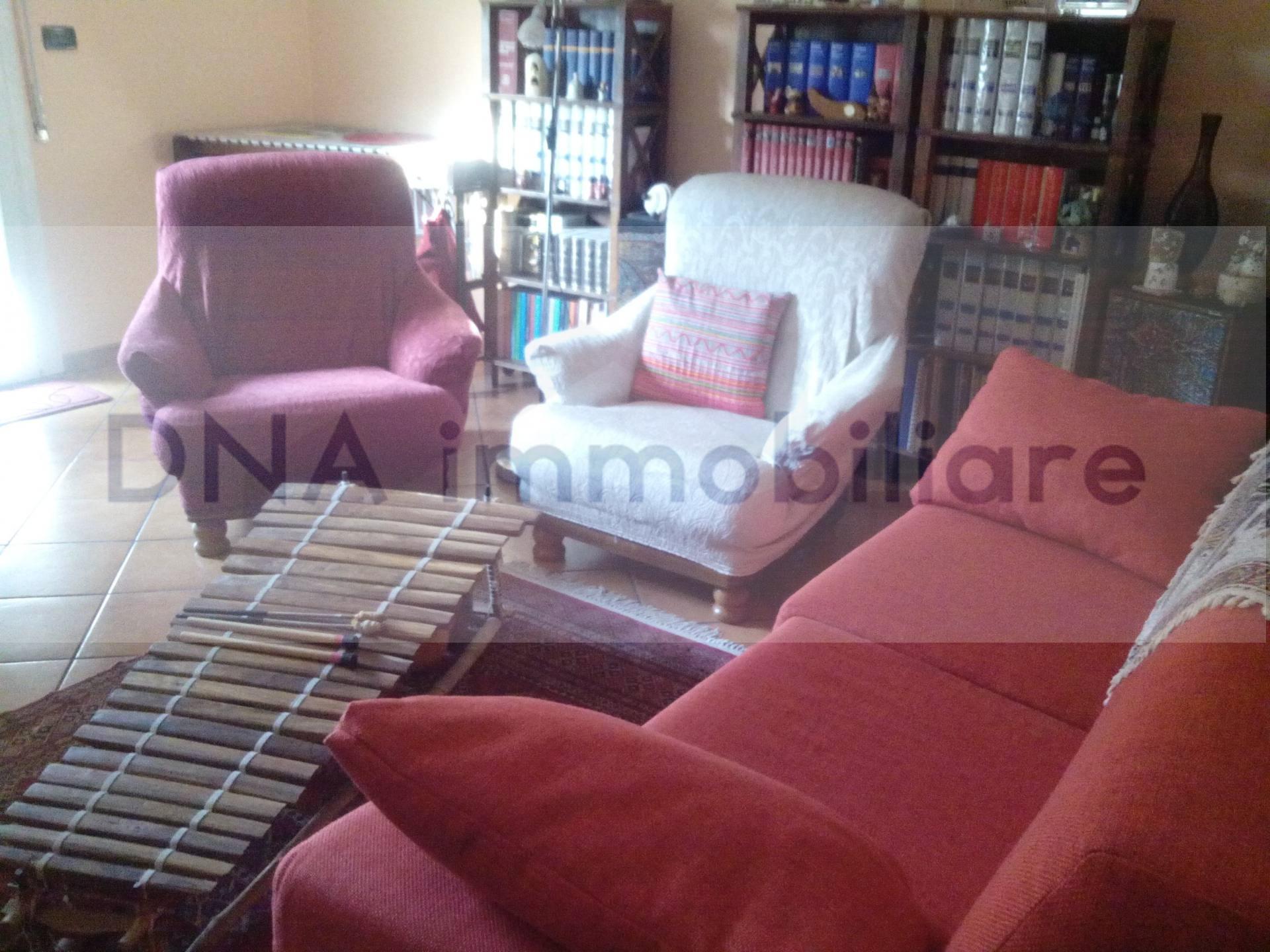 Appartamento in vendita a Ferrara, 4 locali, zona Zona: Doro, prezzo € 85.000 | CambioCasa.it