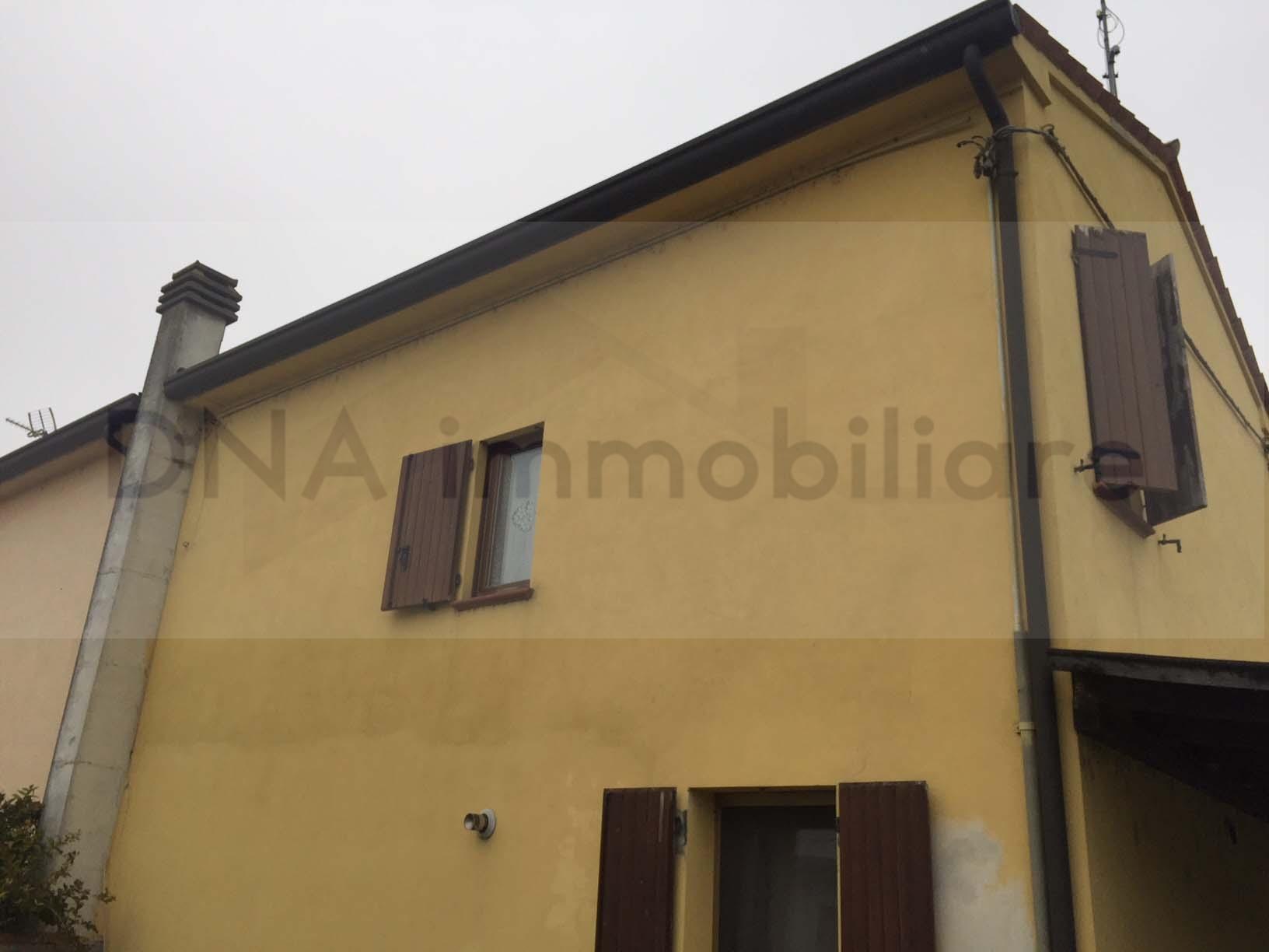 Villa a Schiera in vendita a Ficarolo, 3 locali, prezzo € 78.000 | CambioCasa.it