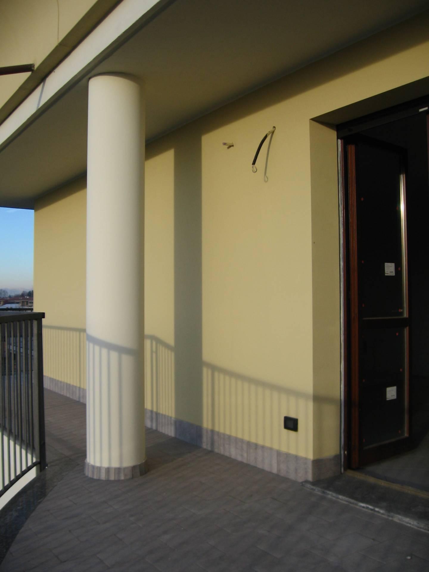 Appartamento in vendita a Castellanza, 4 locali, prezzo € 245.000   CambioCasa.it