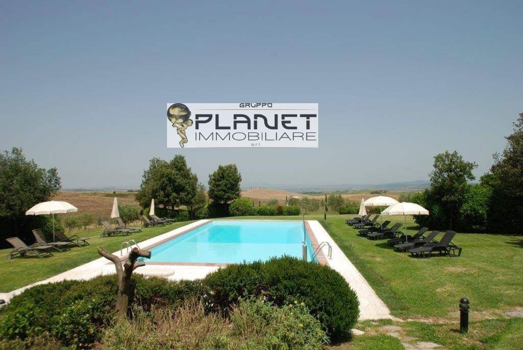 Agriturismo in vendita a Asciano, 9999 locali, prezzo € 1.600.000 | CambioCasa.it