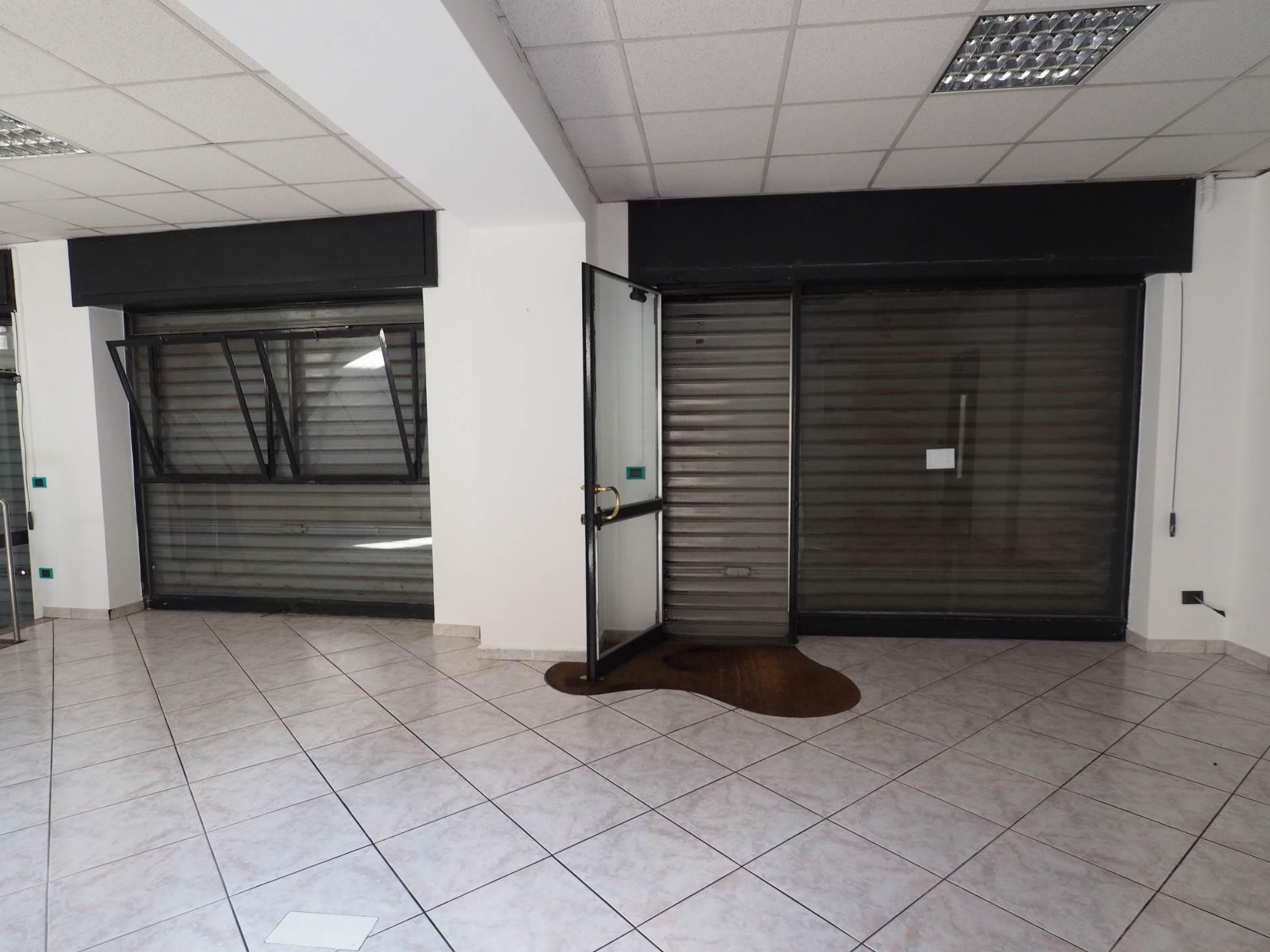 Attività / Licenza in affitto a Casorate Sempione, 9999 locali, prezzo € 450 | Cambio Casa.it