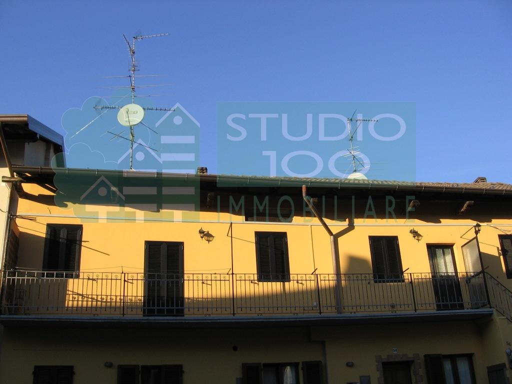 Appartamento in Vendita a Casorate Sempione