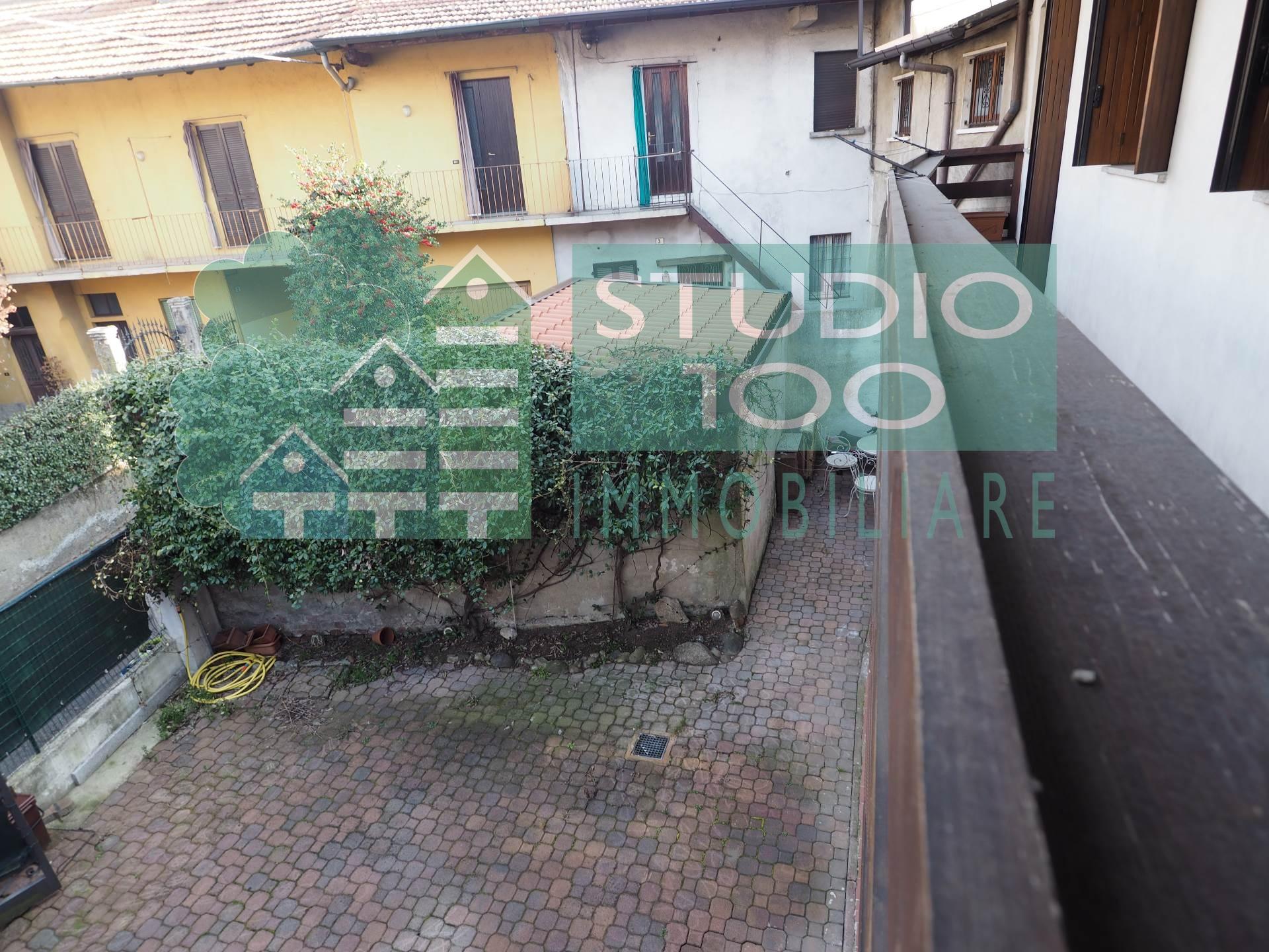 Soluzione Indipendente in vendita a Casorate Sempione, 3 locali, prezzo € 128.000 | CambioCasa.it