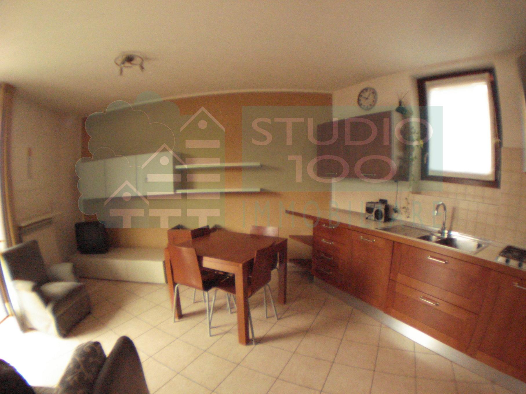 Appartamento in affitto a Casorate Sempione, 1 locali, prezzo € 380 | CambioCasa.it