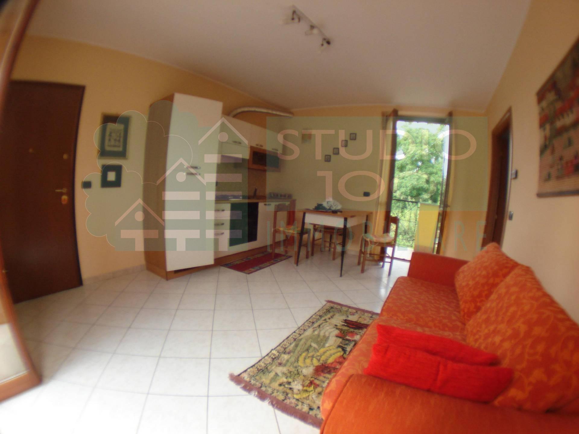 Appartamento in affitto a Casorate Sempione, 2 locali, prezzo € 430 | CambioCasa.it