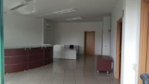 Ufficio / Studio in affitto a Carpi, 9999 locali, prezzo € 800   CambioCasa.it