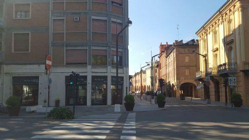 Negozio / Locale in affitto a Carpi, 9999 locali, prezzo € 1.000 | CambioCasa.it