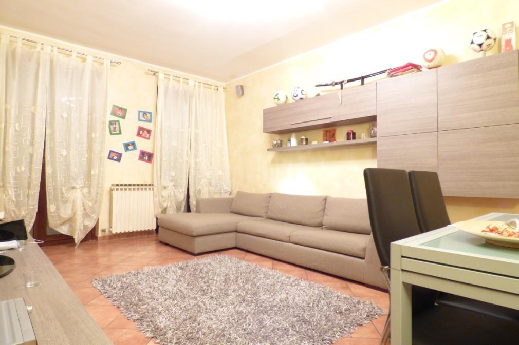 Appartamento in vendita a Paullo, 3 locali, prezzo € 170.000 | Cambio Casa.it