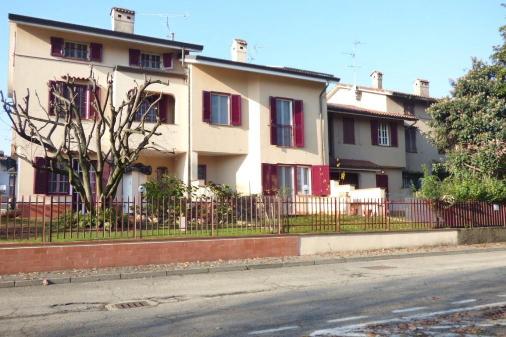 Villa a Schiera in vendita a Tribiano, 4 locali, prezzo € 295.000 | Cambio Casa.it