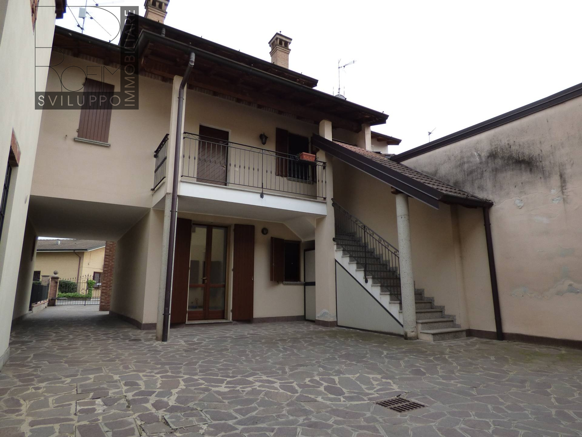 Appartamento in vendita a Palazzo Pignano, 3 locali, prezzo € 98.000 | CambioCasa.it