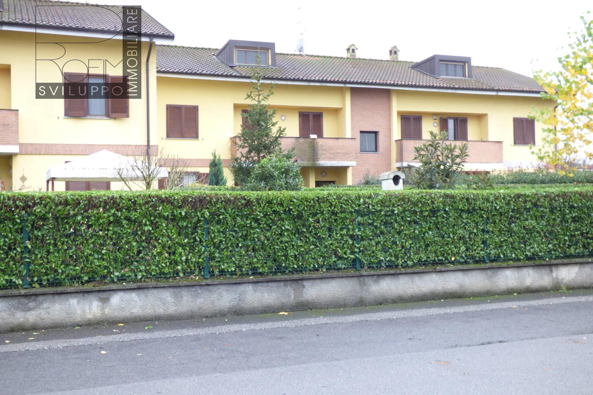 Appartamento in affitto a Mulazzano, 2 locali, zona Zona: Quartiano, prezzo € 400 | Cambio Casa.it