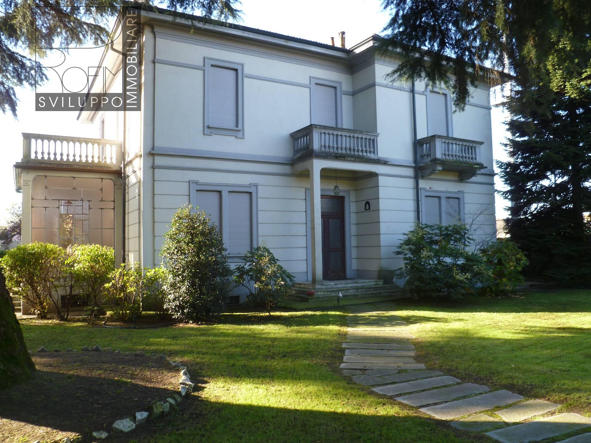 Villa in vendita a Paullo, 7 locali, prezzo € 550.000 | CambioCasa.it