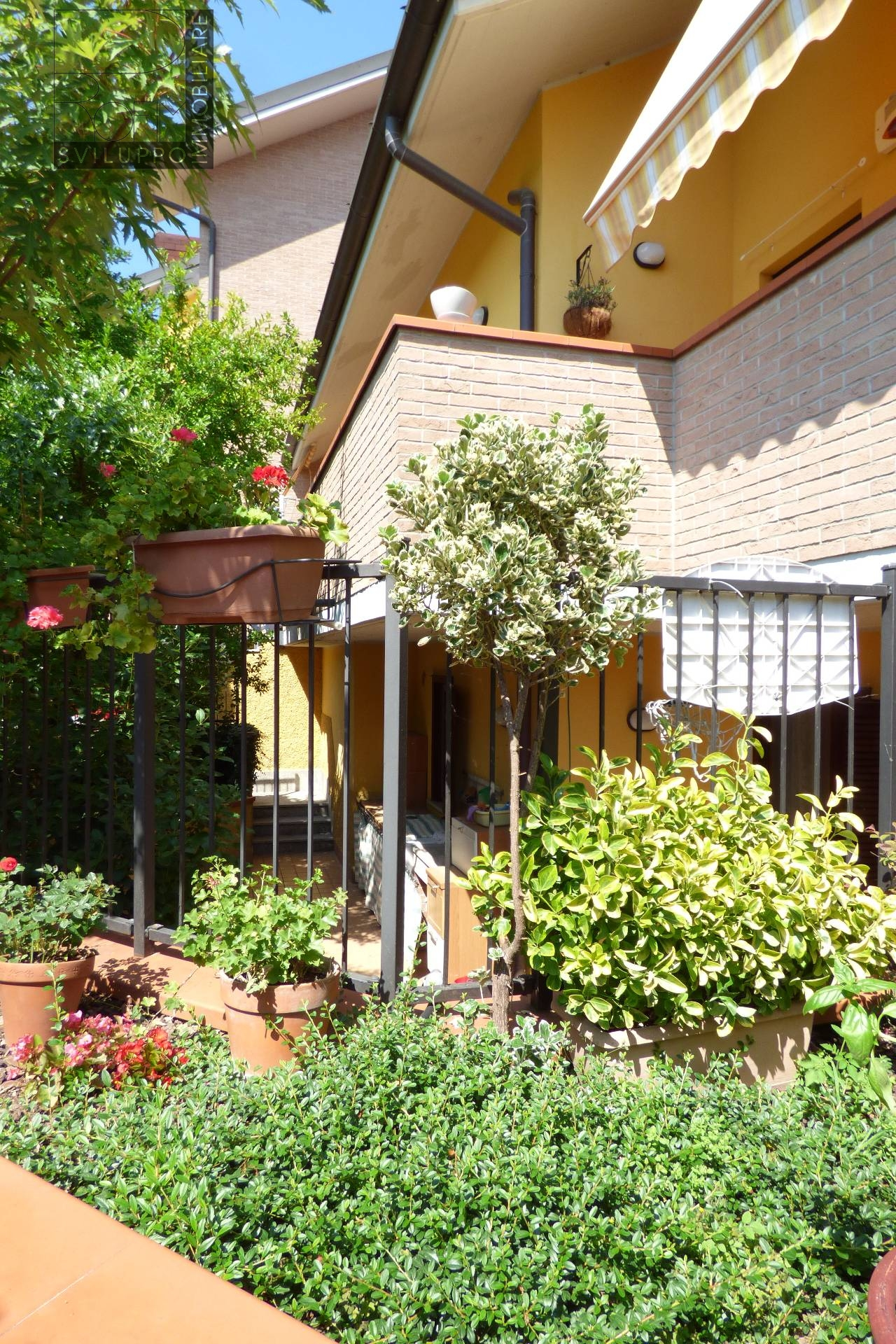 Appartamento in vendita a Zelo Buon Persico, 4 locali, prezzo € 250.000 | CambioCasa.it