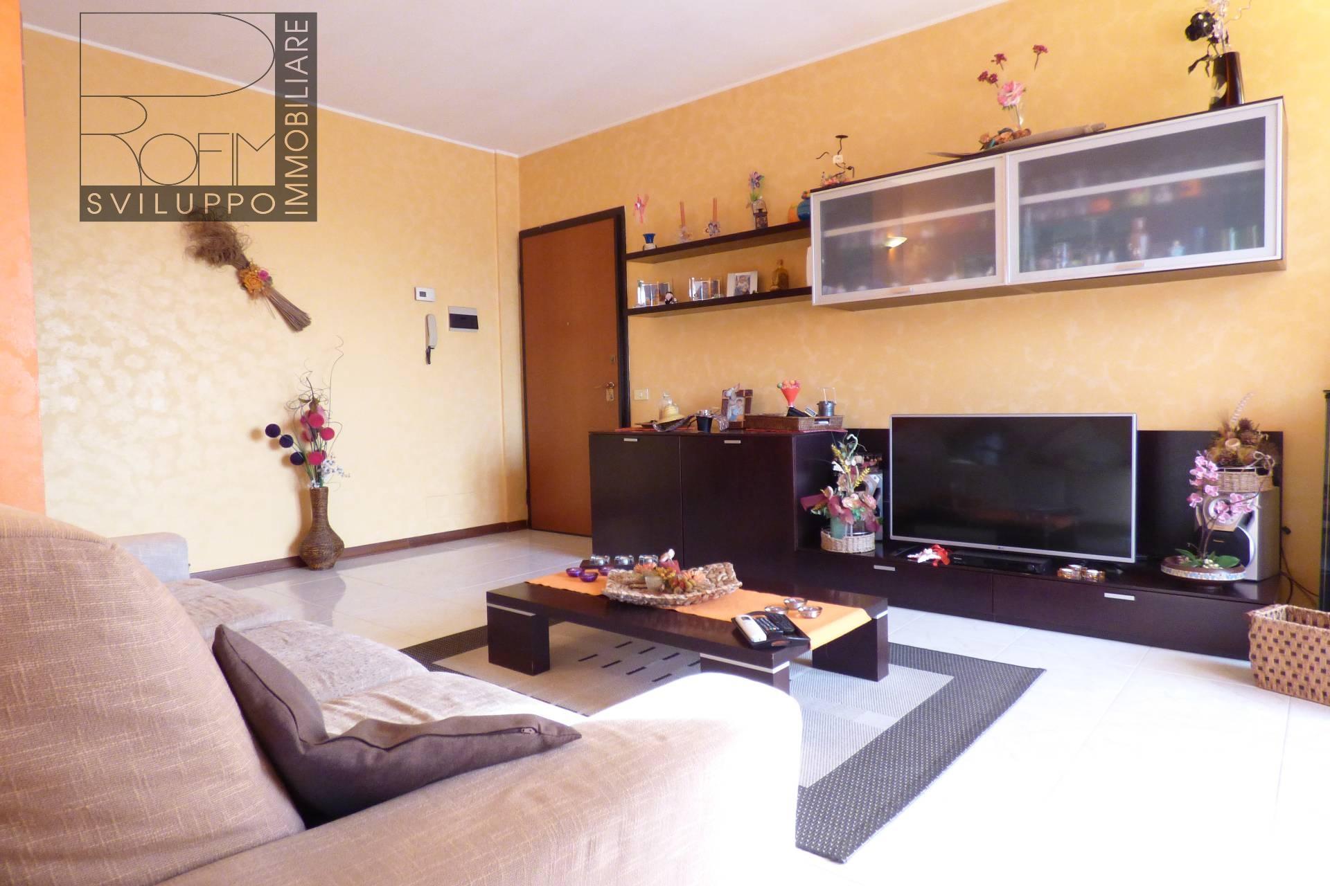 Appartamento in vendita a Mulazzano, 3 locali, prezzo € 120.000 | CambioCasa.it