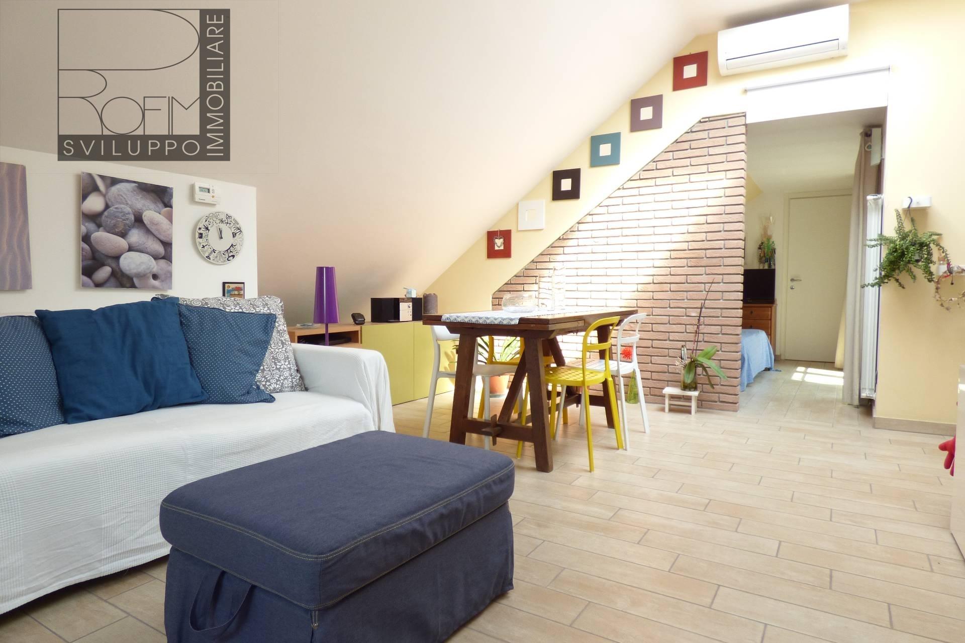 Appartamento in affitto a Settala, 2 locali, zona Zona: Caleppio, prezzo € 400 | CambioCasa.it