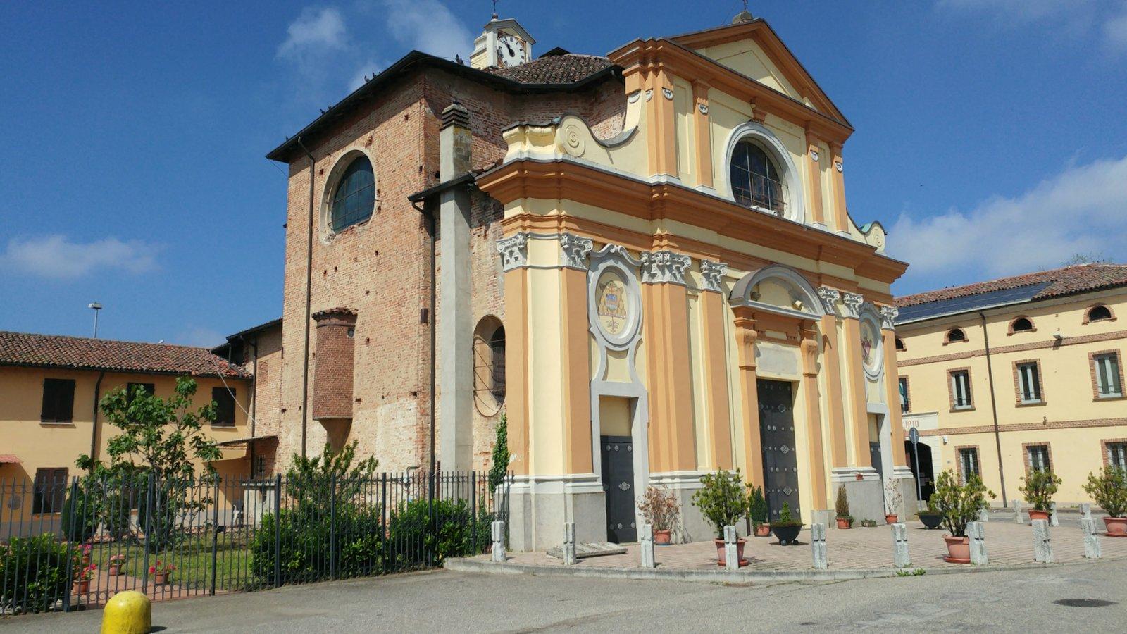 Villa a Schiera in vendita a Castello d'Agogna, 5 locali, prezzo € 120.000 | CambioCasa.it