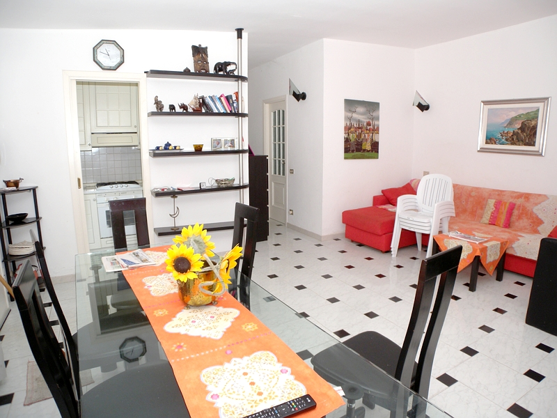 Villa in vendita a Andora, 4 locali, prezzo € 500.000 | Cambio Casa.it