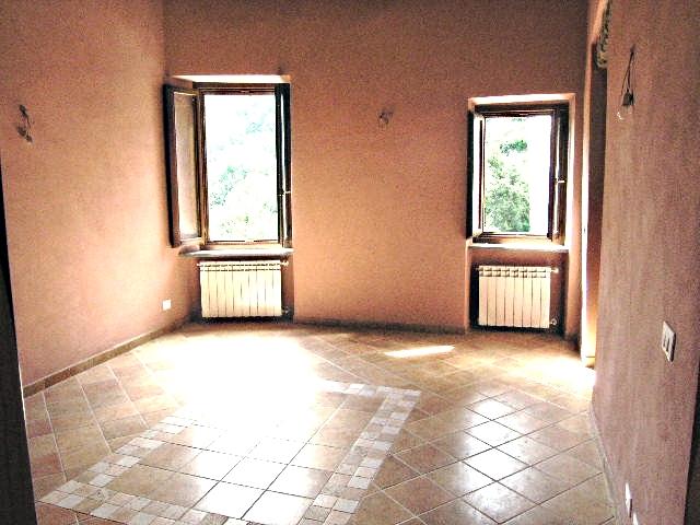 Appartamento in vendita a Prelà, 5 locali, zona Zona: Tavole, prezzo € 230.000 | CambioCasa.it