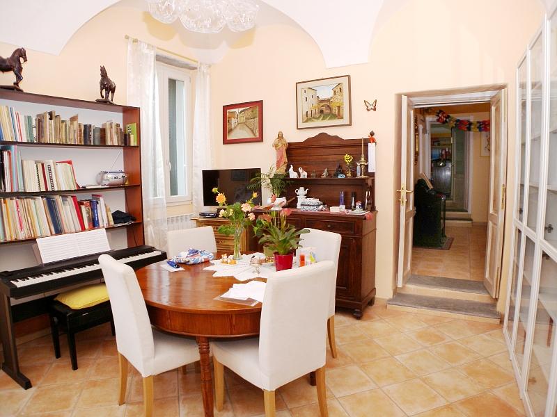 Appartamento in Vendita a Vasia