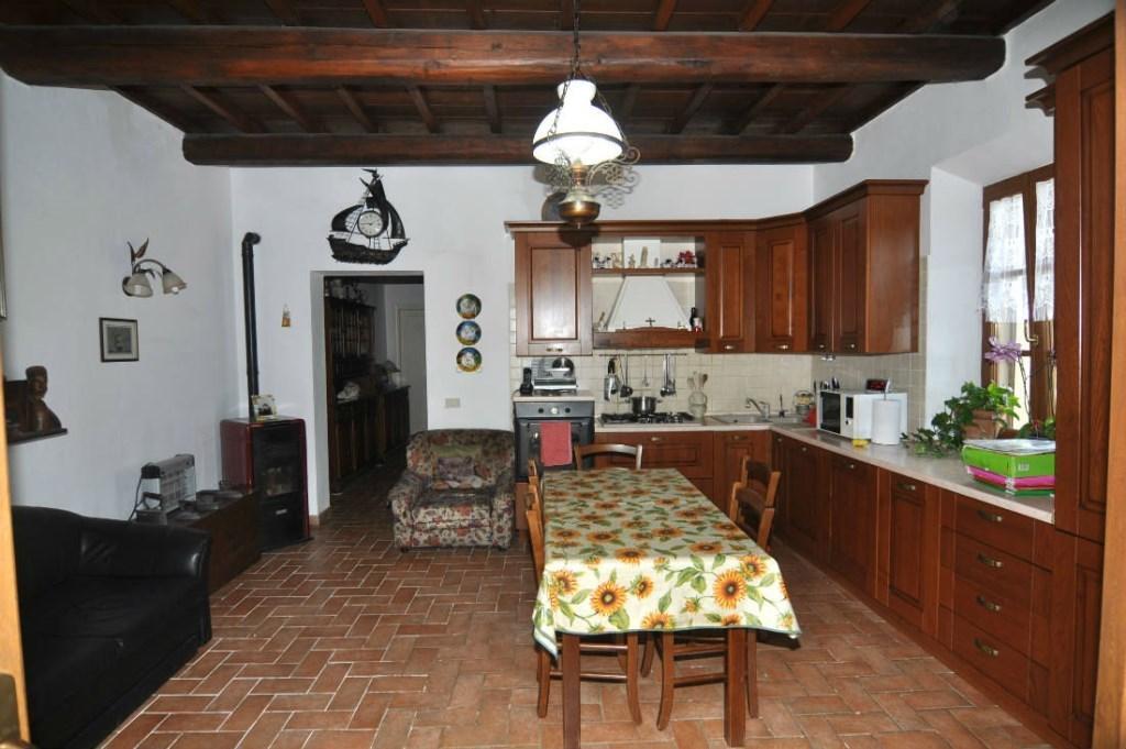 Appartamento in affitto a Riparbella, 3 locali, prezzo € 500 | CambioCasa.it