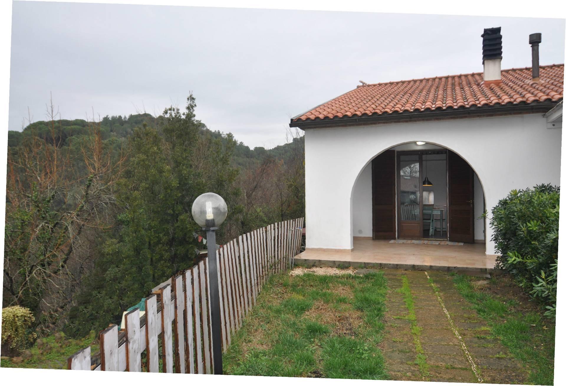 Soluzione Indipendente in affitto a Cecina, 3 locali, prezzo € 450 | CambioCasa.it
