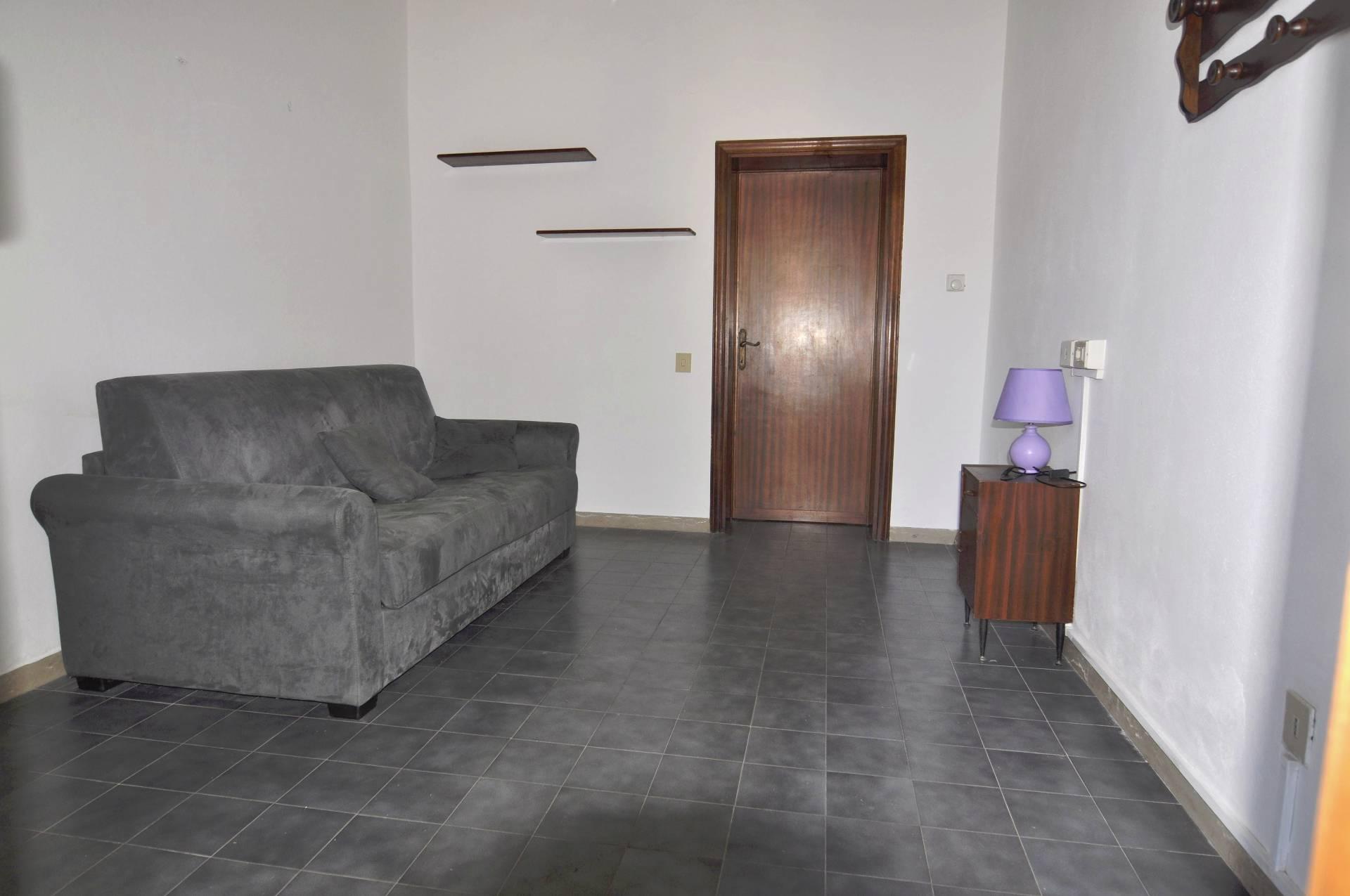 Appartamento in affitto a Rosignano Marittimo, 2 locali, zona Zona: Vada, prezzo € 500 | CambioCasa.it