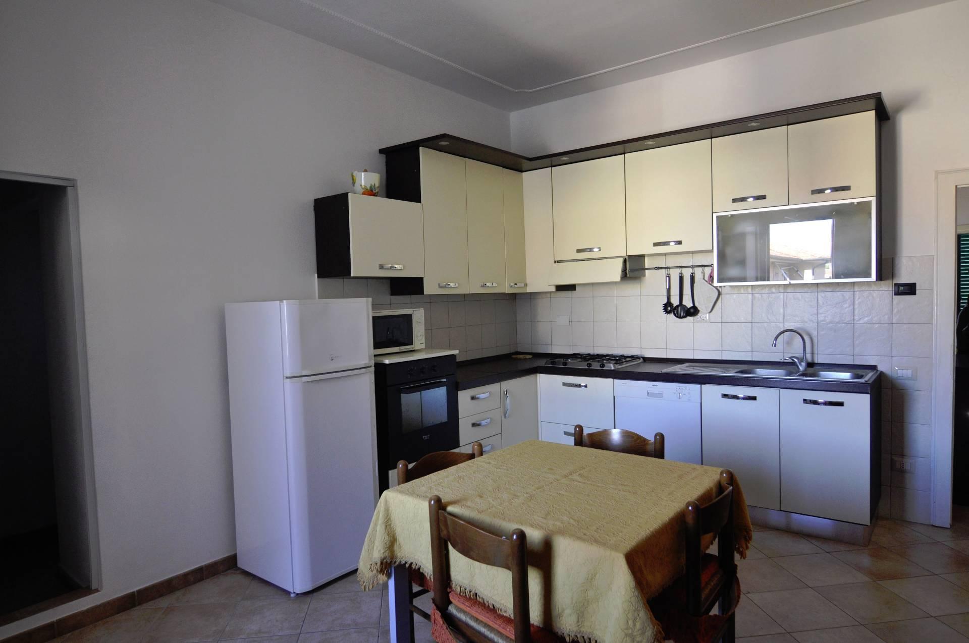 Soluzione Indipendente in affitto a Cecina, 3 locali, prezzo € 550 | CambioCasa.it
