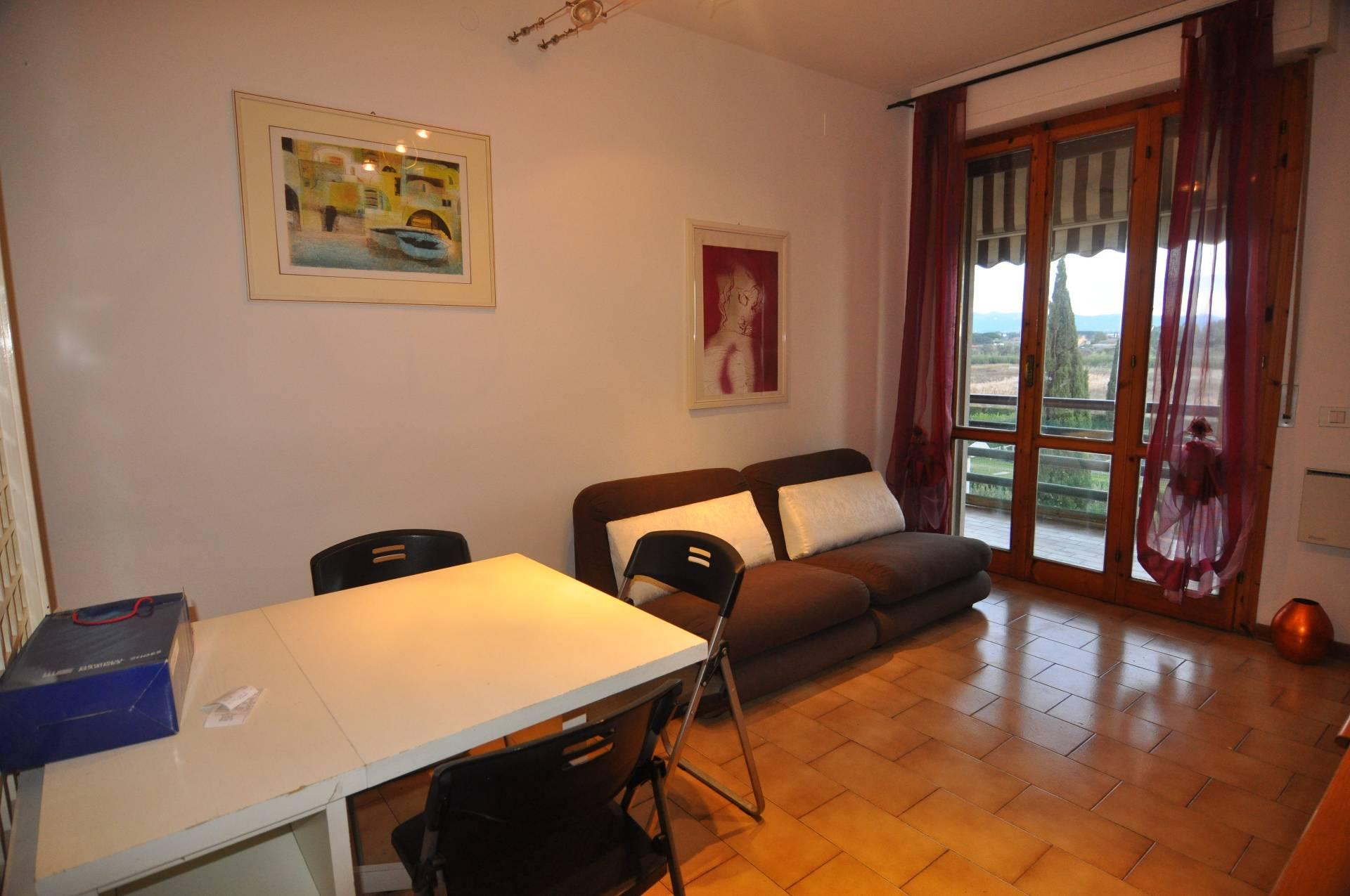 Appartamento in affitto a Cecina, 3 locali, prezzo € 550 | CambioCasa.it