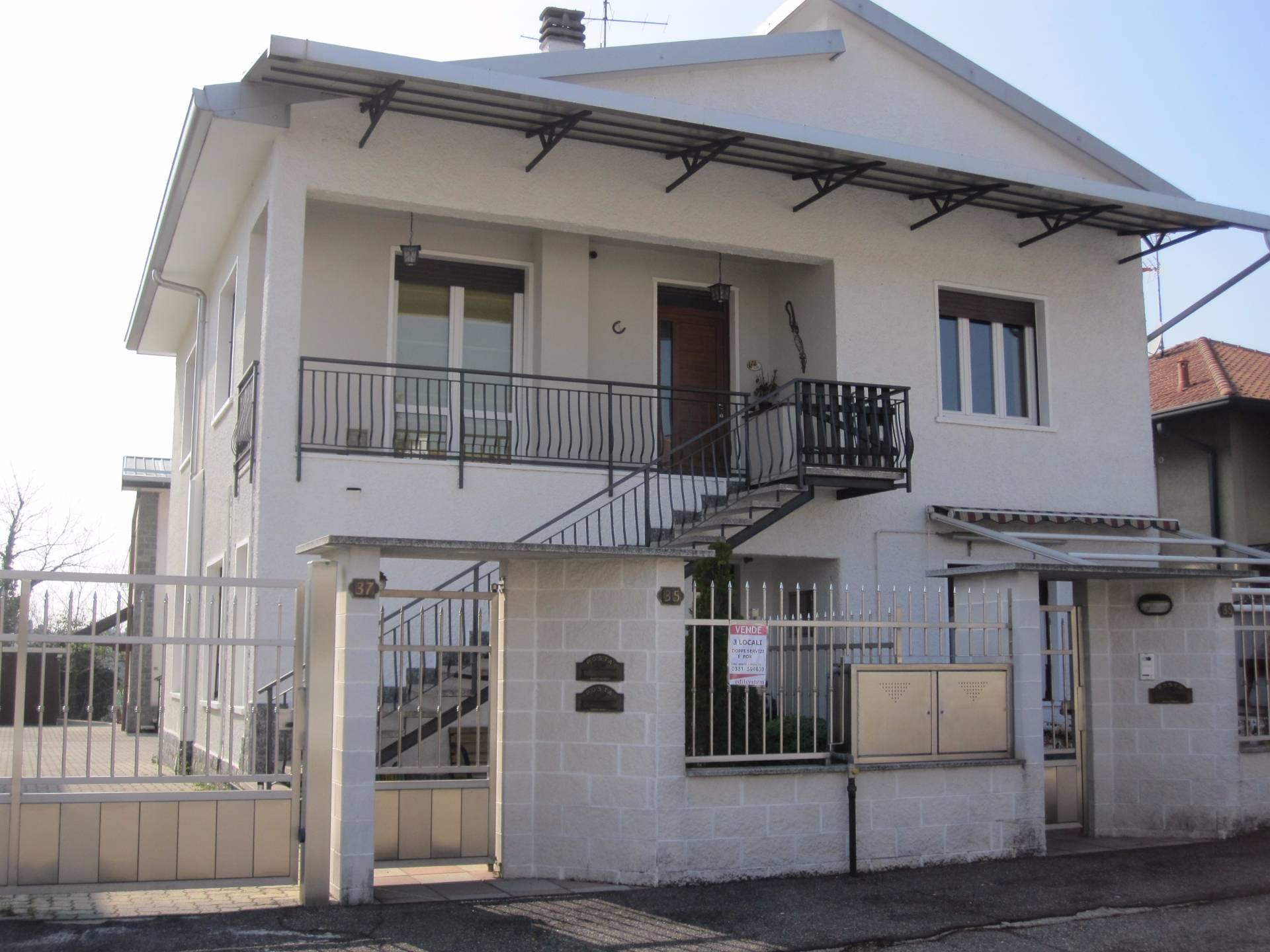 Appartamento in vendita a Gorla Minore, 3 locali, prezzo € 159.000 | Cambio Casa.it