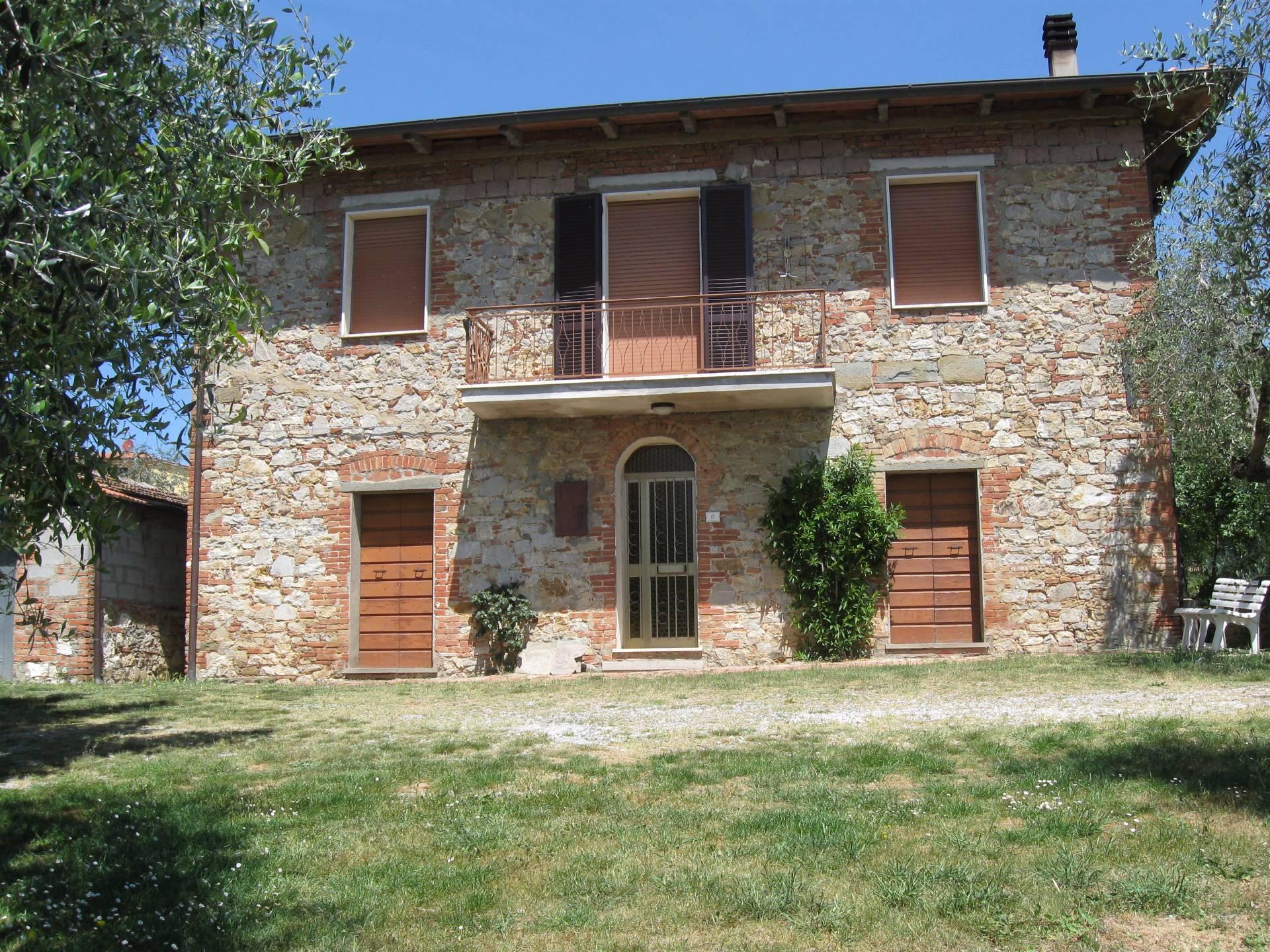 Rustico / Casale in Vendita a Lucignano