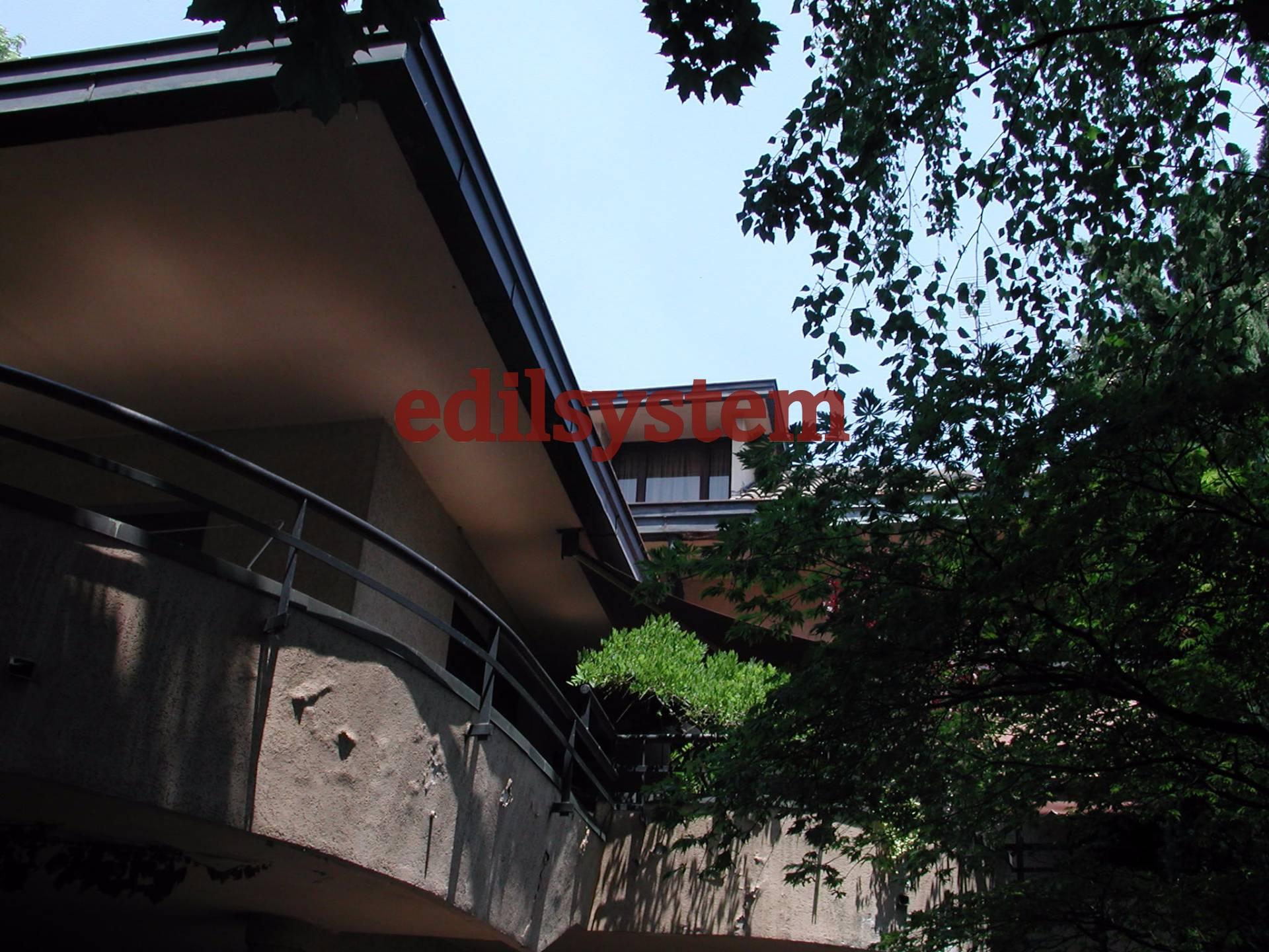 Villa in vendita a Canegrate, 10 locali, Trattative riservate   CambioCasa.it