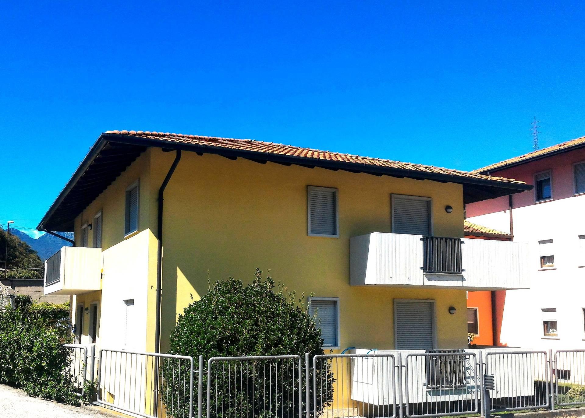 Appartamento in vendita a Nago-Torbole, 4 locali, zona Zona: Nago, prezzo € 279.000 | Cambio Casa.it