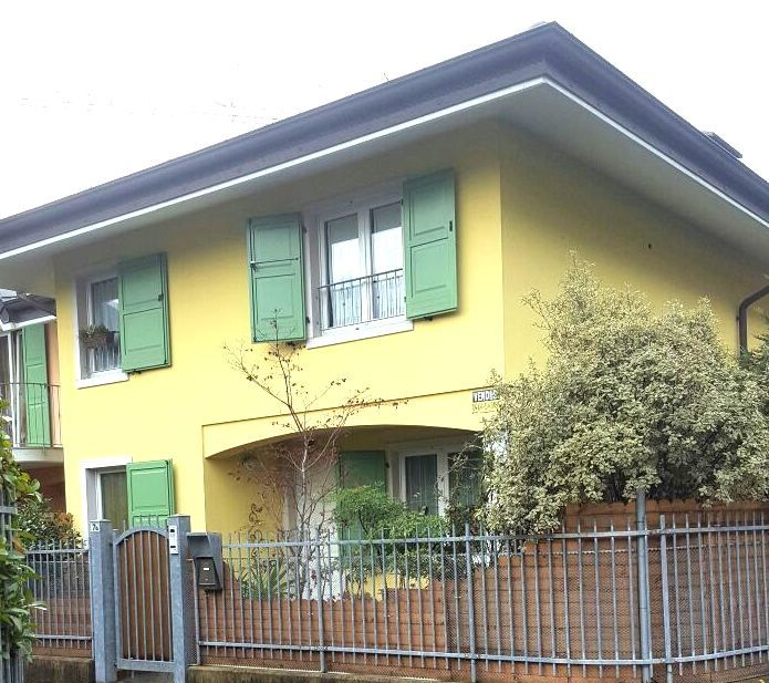 Villa a Schiera in vendita a Dro, 5 locali, prezzo € 420.000 | CambioCasa.it