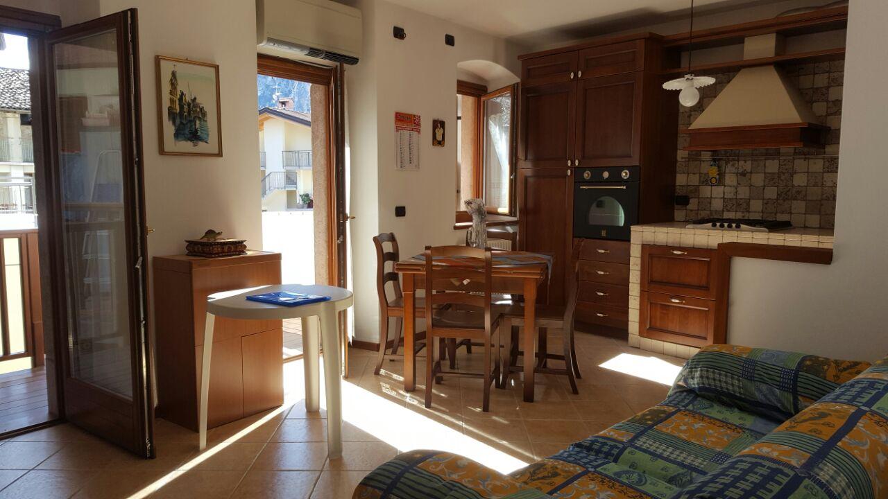 Appartamento in vendita a Dro, 2 locali, prezzo € 138.000 | CambioCasa.it
