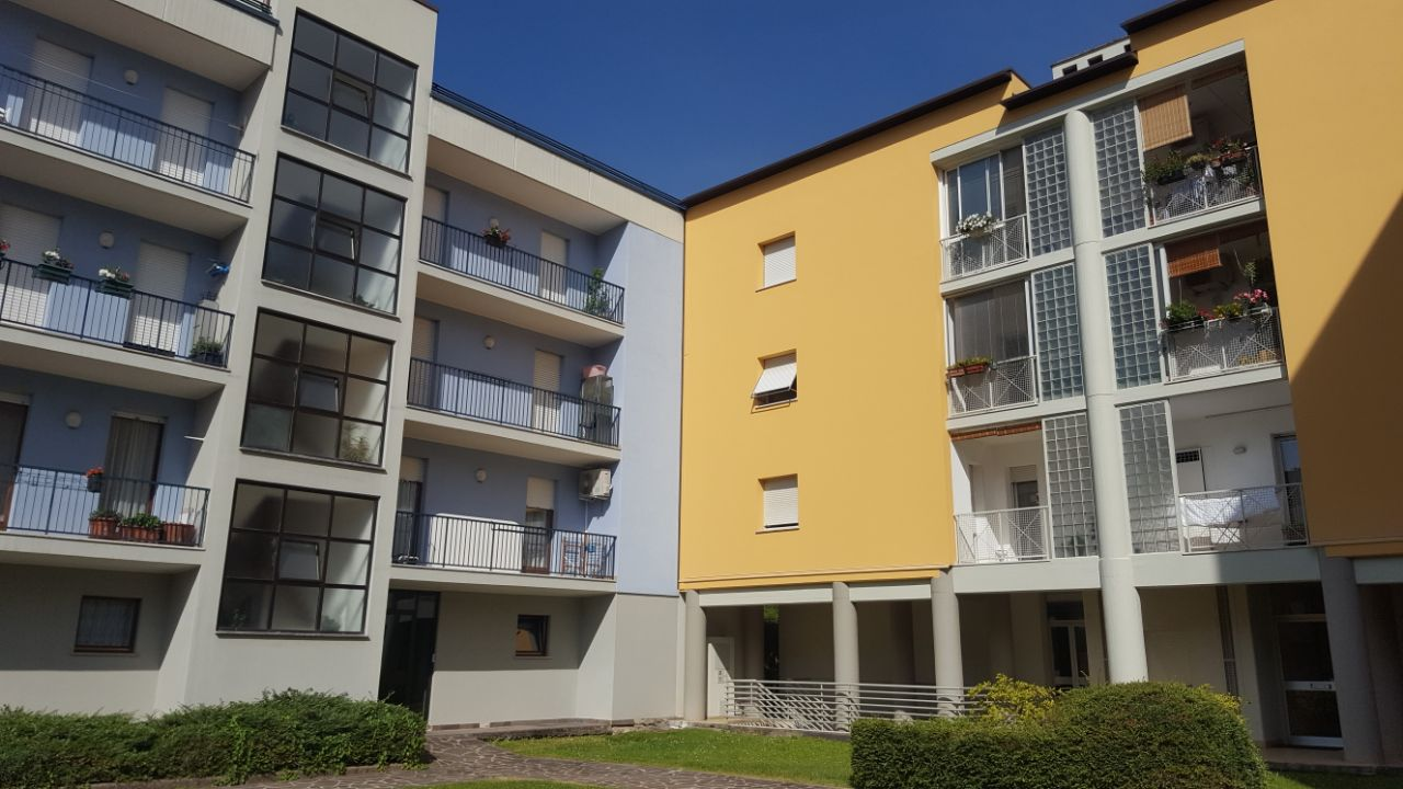 Appartamento in vendita a Riva del Garda, 5 locali, zona Zona: Riva, prezzo € 285.000 | CambioCasa.it