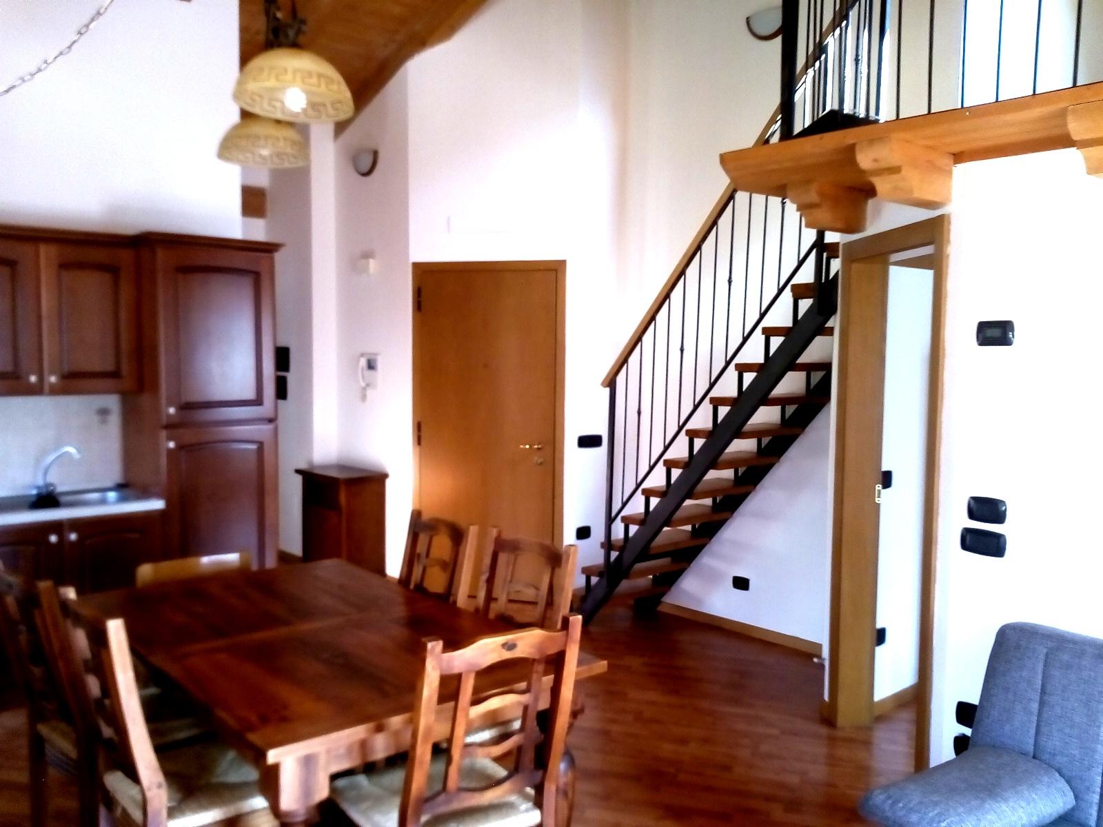 Appartamento in affitto a Molina di Ledro, 3 locali, prezzo € 530 | CambioCasa.it