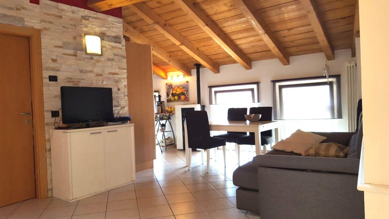 Appartamento in vendita a Dro, 3 locali, prezzo € 159.000 | CambioCasa.it