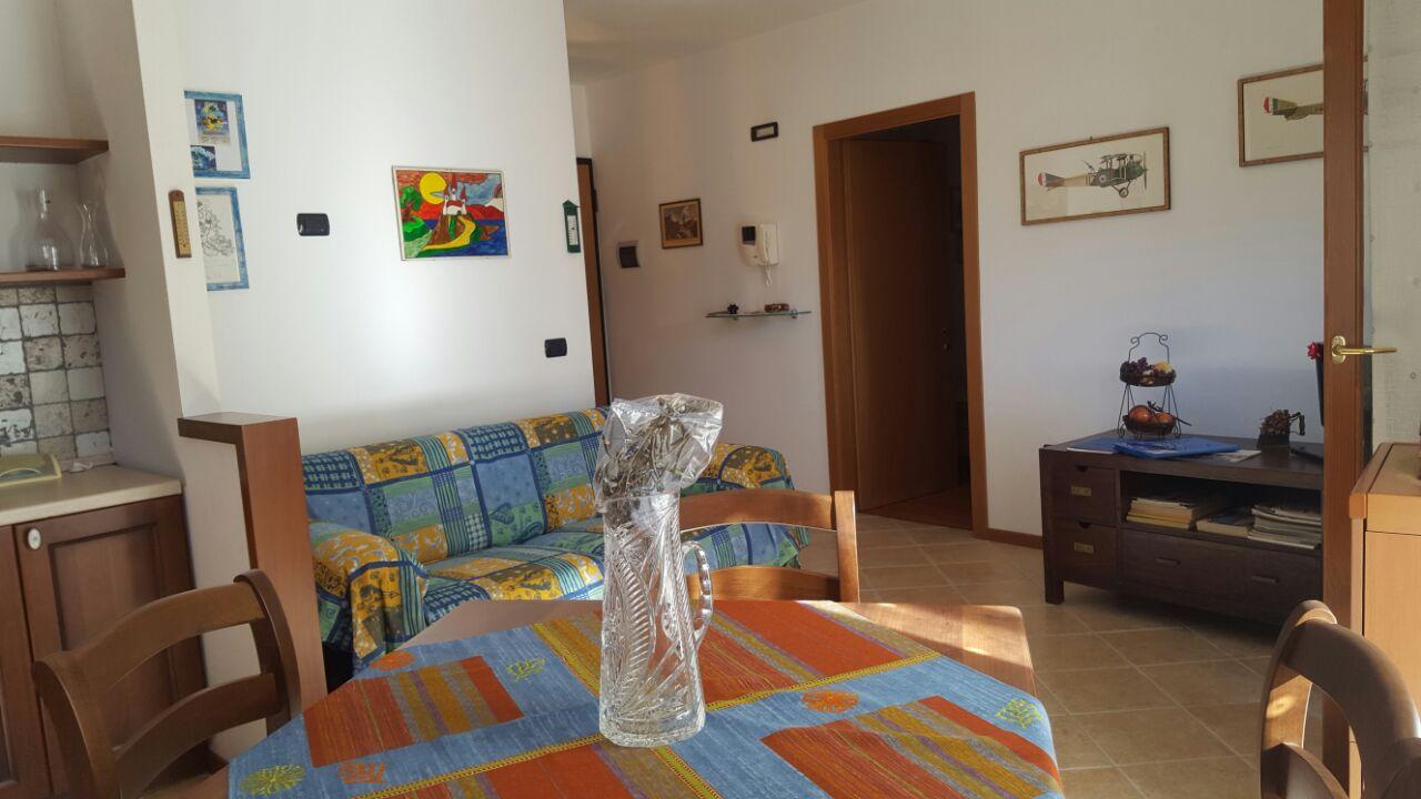 Appartamento in vendita a Dro, 2 locali, prezzo € 135.000 | CambioCasa.it