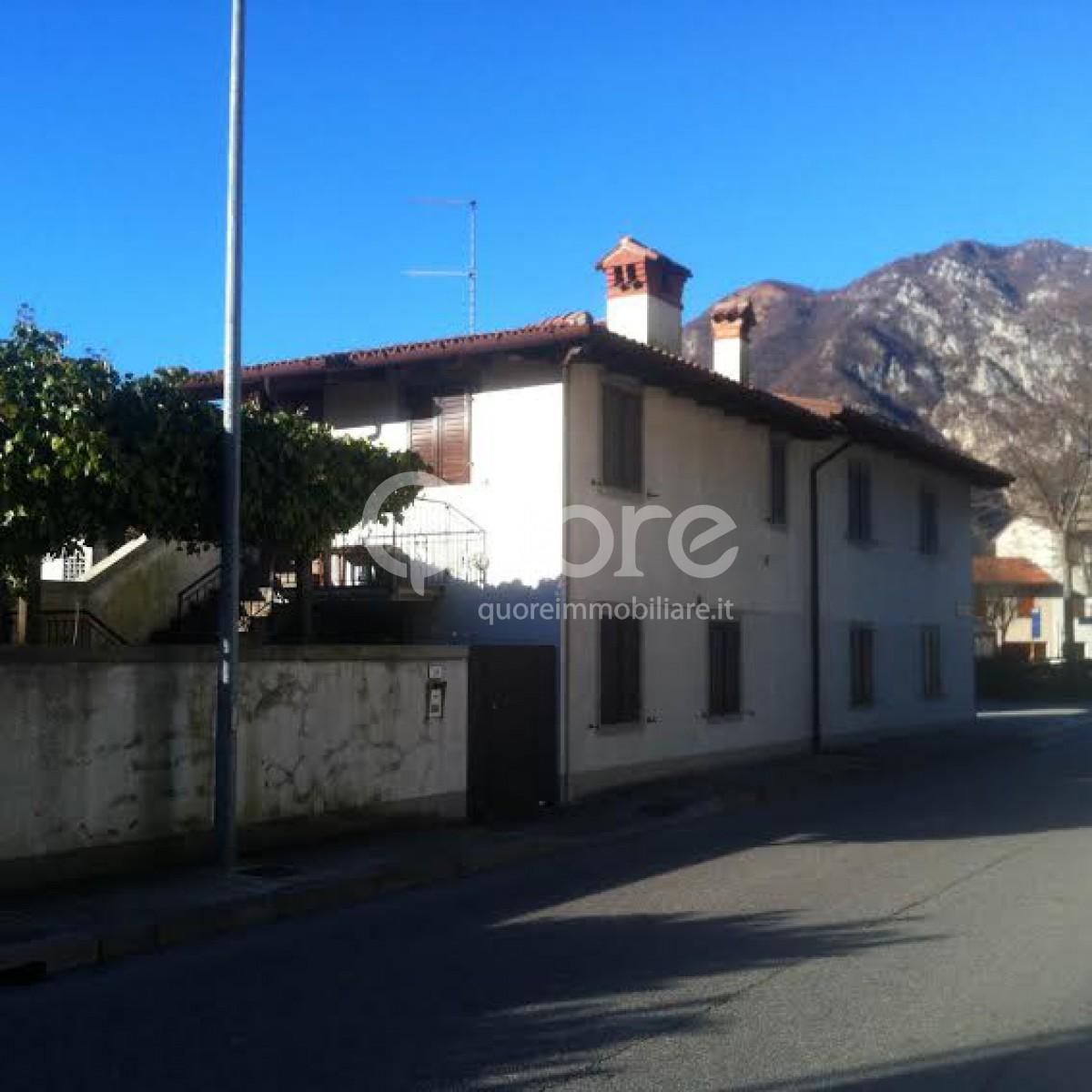 Soluzione Indipendente in vendita a Gemona del Friuli, 6 locali, zona Zona: Ospedaletto, prezzo € 108.000 | CambioCasa.it