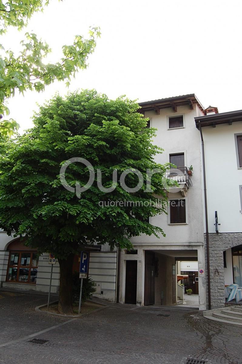 Soluzione Indipendente in vendita a Artegna, 4 locali, prezzo € 38.000 | CambioCasa.it
