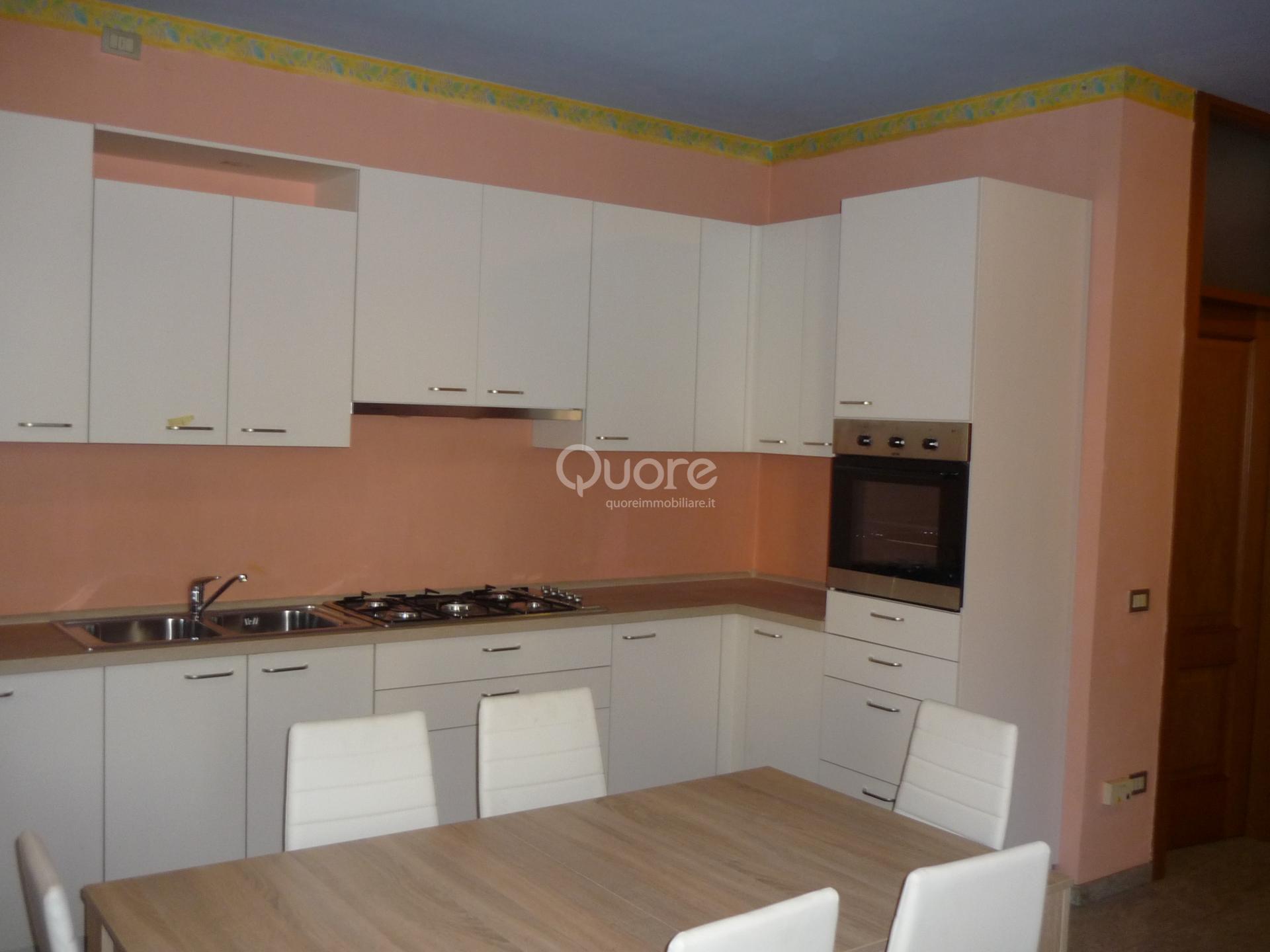 Soluzione Indipendente in affitto a Udine, 3 locali, zona Località: Centrostorico, prezzo € 850 | CambioCasa.it