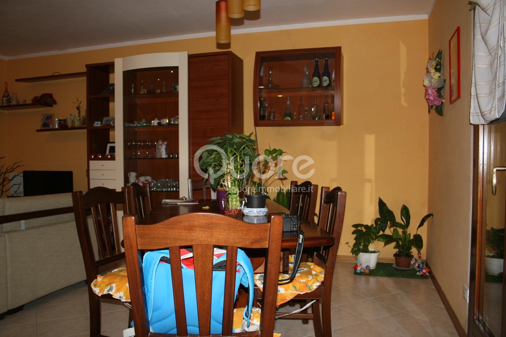 Appartamento in vendita a Buttrio, 4 locali, prezzo € 115.000 | CambioCasa.it