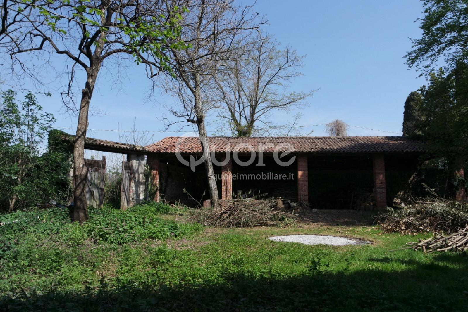 Rustico / Casale in Vendita a Pozzuolo del Friuli