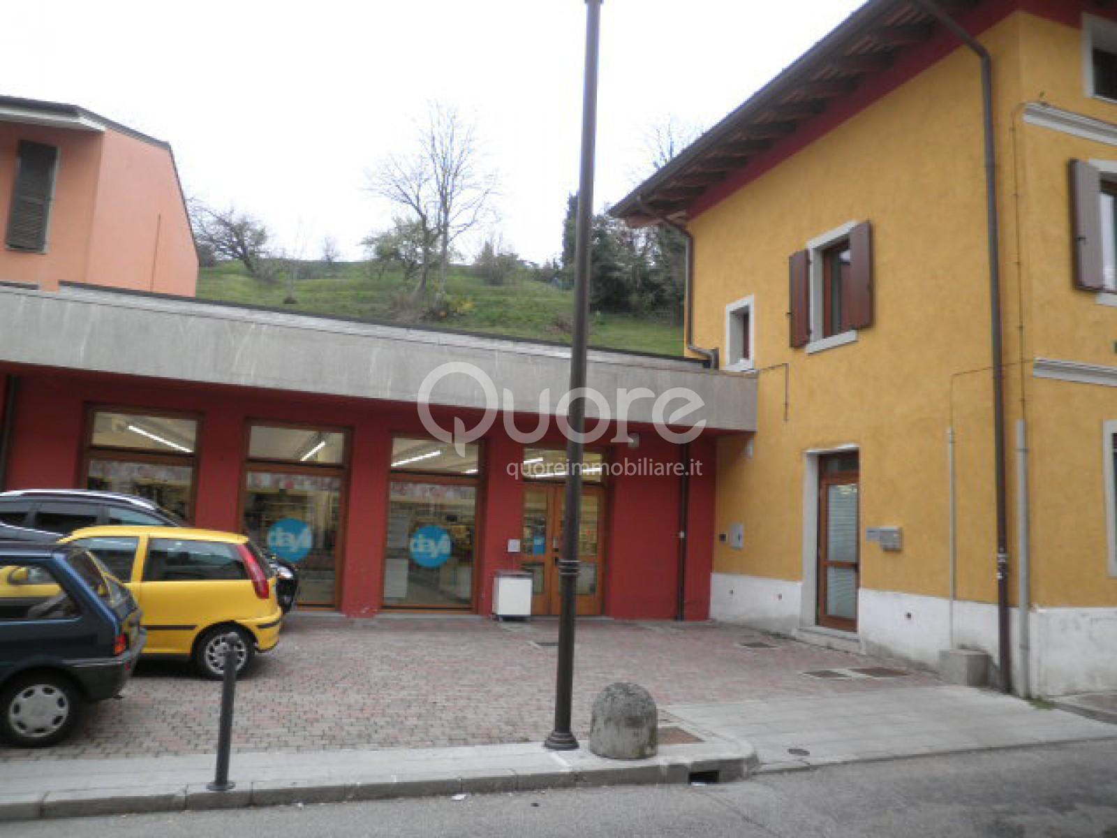 Negozio / Locale in vendita a Tricesimo, 9999 locali, prezzo € 150.000 | CambioCasa.it
