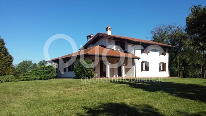 Villa in Vendita a Colloredo di Monte Albano