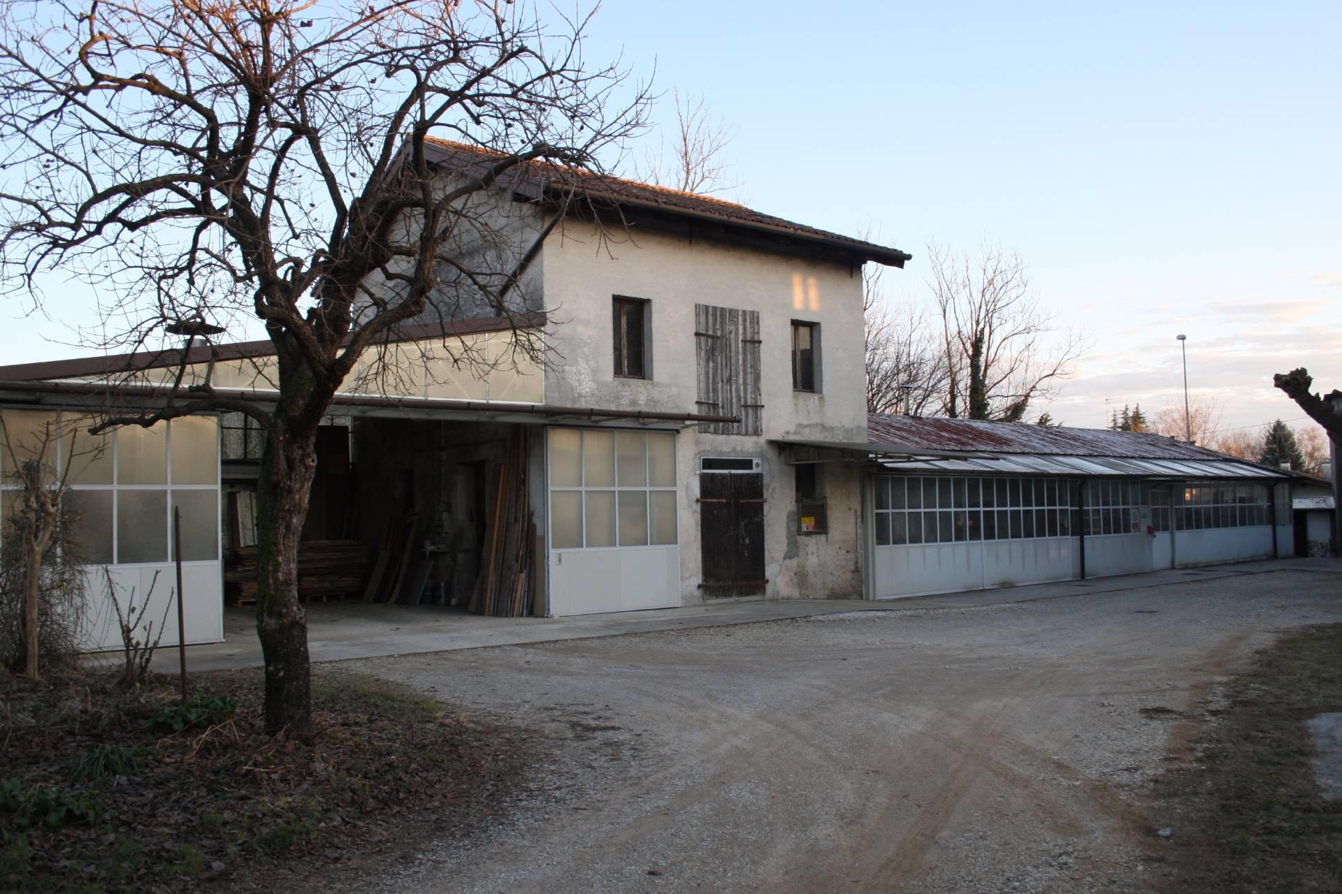 Laboratorio in affitto a Remanzacco, 9999 locali, zona Zona: Cerneglons, prezzo € 500 | CambioCasa.it