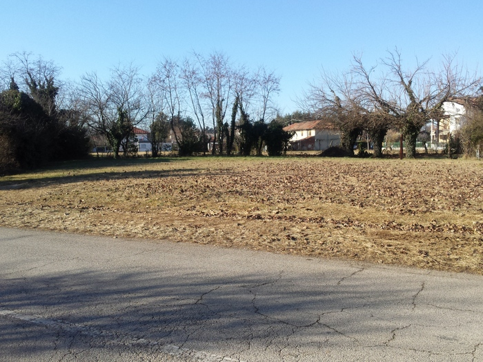 Terreno Edificabile Residenziale in Vendita a Pozzuolo del Friuli