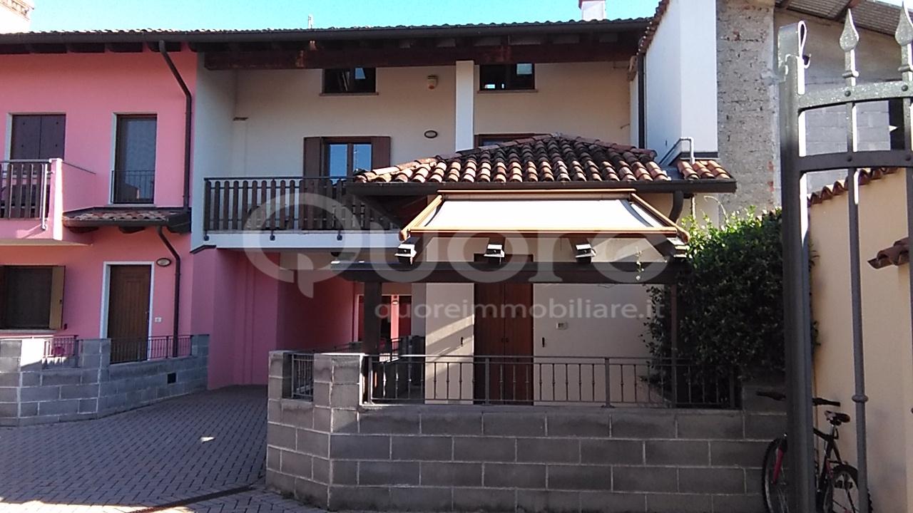 Soluzione Indipendente in vendita a Remanzacco, 5 locali, zona Zona: Orzano, prezzo € 160.000 | CambioCasa.it