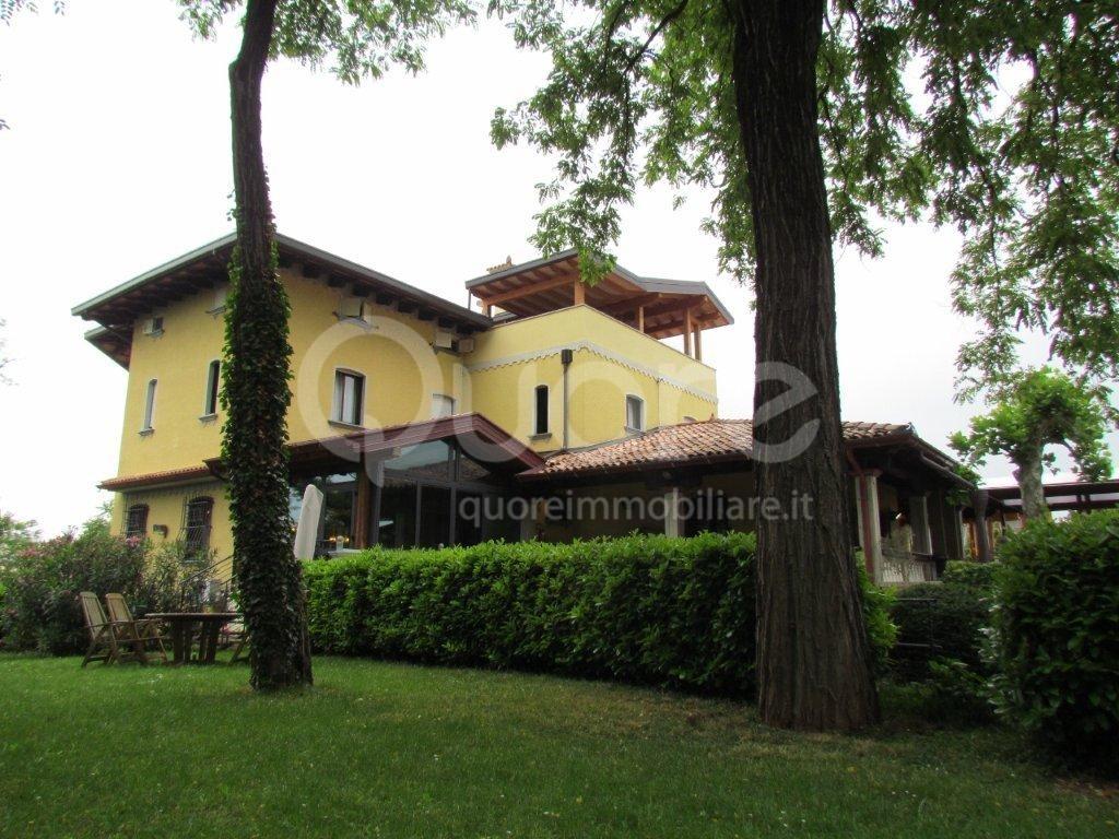 Albergo in vendita a Pradamano, 9999 locali, Trattative riservate | CambioCasa.it