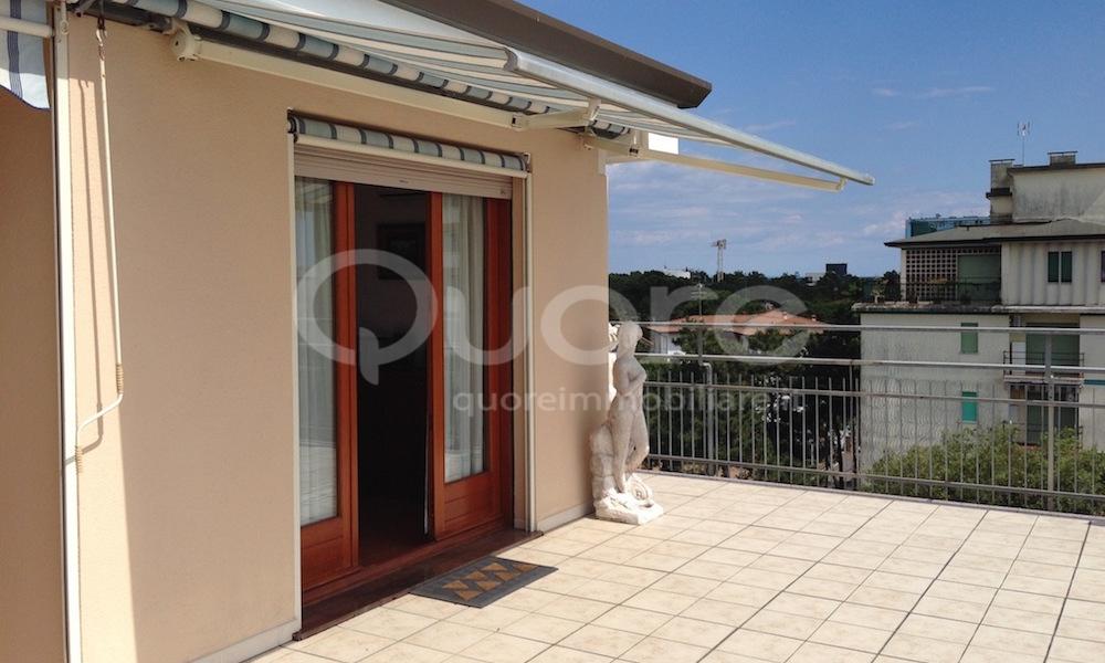 Attico / Mansarda in vendita a Lignano Sabbiadoro, 4 locali, zona Località: LignanoPineta, prezzo € 240.000 | CambioCasa.it